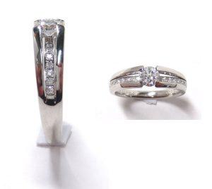 ダイヤリング・ツーブロックセッティング・横からダイヤが見えるデザイン・プラチナ900 3